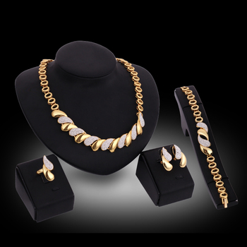 Luxury Golden Alloy crystal Fashion jewelry set  Wedding Necklace Earring Bracelet Ring Sets Trendy Bridal Accessories Fashion Fashion Jewelry