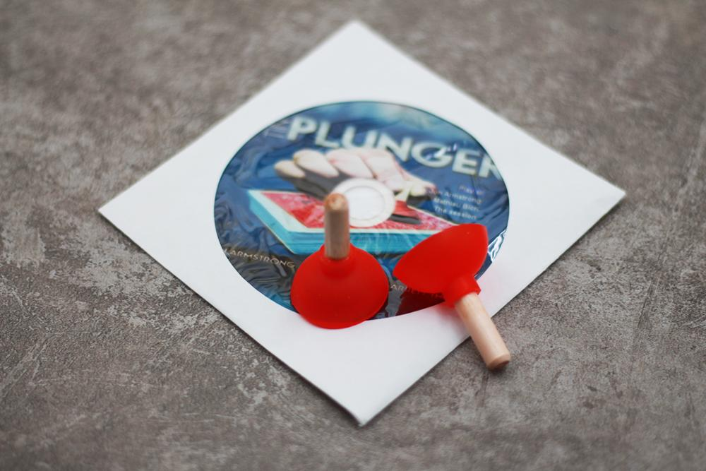 Tiny Plunger (gimmicks+dvd) - Magic Tricks props Stage,comedy,Mentalism magic,Close up,Accessories,illusions,magic toys