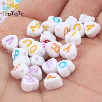 Cuentas acrílicas mezcladas con letras de colores, abalorios con forma de corazón y alfabeto para fabricación de joyas, accesorios para pulseras hechas a mano, 7x7mm, 100 Uds.