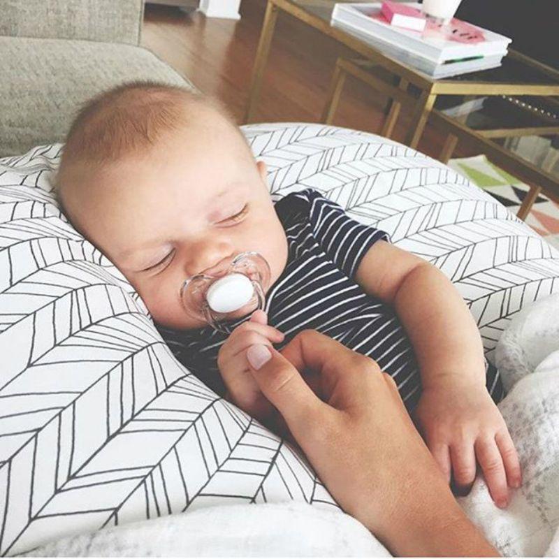 2 pcs set bebe bonito u shaped amamentacao 04