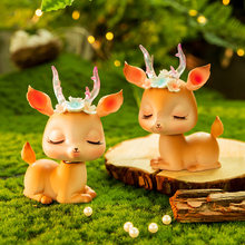 Nette Mini Deer statue Handwerk Tier Ornamente Modell Home Decor Zubehör Auto Dekoration Ostern Desktop Fee Garten Miniaturen