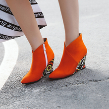 купить Plus Size 34-43 New Women Boots Martin Ankle Boots New Autumn Winter Mixed Colors Wedges Heels Motorcycle Boots Zip Shoes Woman дешево
