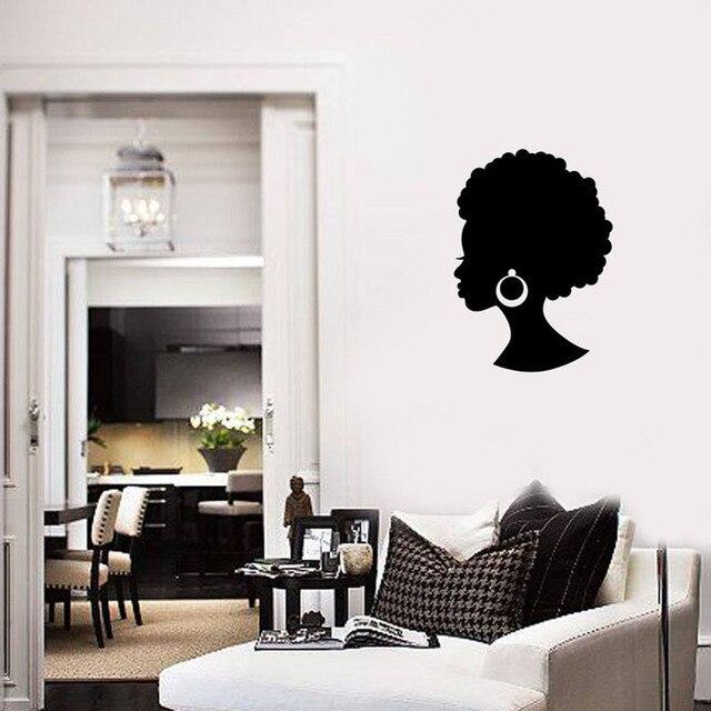 Afrique fille sticker Mural belle dame noire Salon de beauté cheveux boucles doreilles Mural décor moderne chambre vinyle Stickers muraux S679