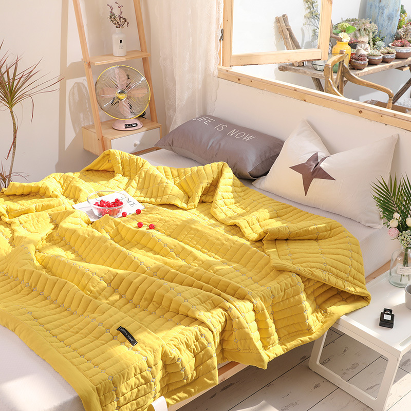 Summer quilt comforter candy solid color bedspread washable polyester air conditioning blanket soft adults home textile <font><b>150*200</b></font> image