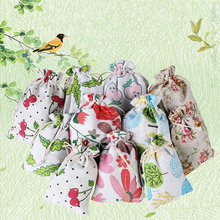 2pcs Gift Candy Bags Wrap Supplies Flamingo Party Linen Burlap Bag Drawstring Pouch Jewelry Box Christmas Gifts Organizer(China)