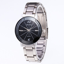 Hot Selling Watch Men's And Women's Couple Watches Metal he ggs dai Fashion Watch Casual Crystal with Numbers Quartz Watch