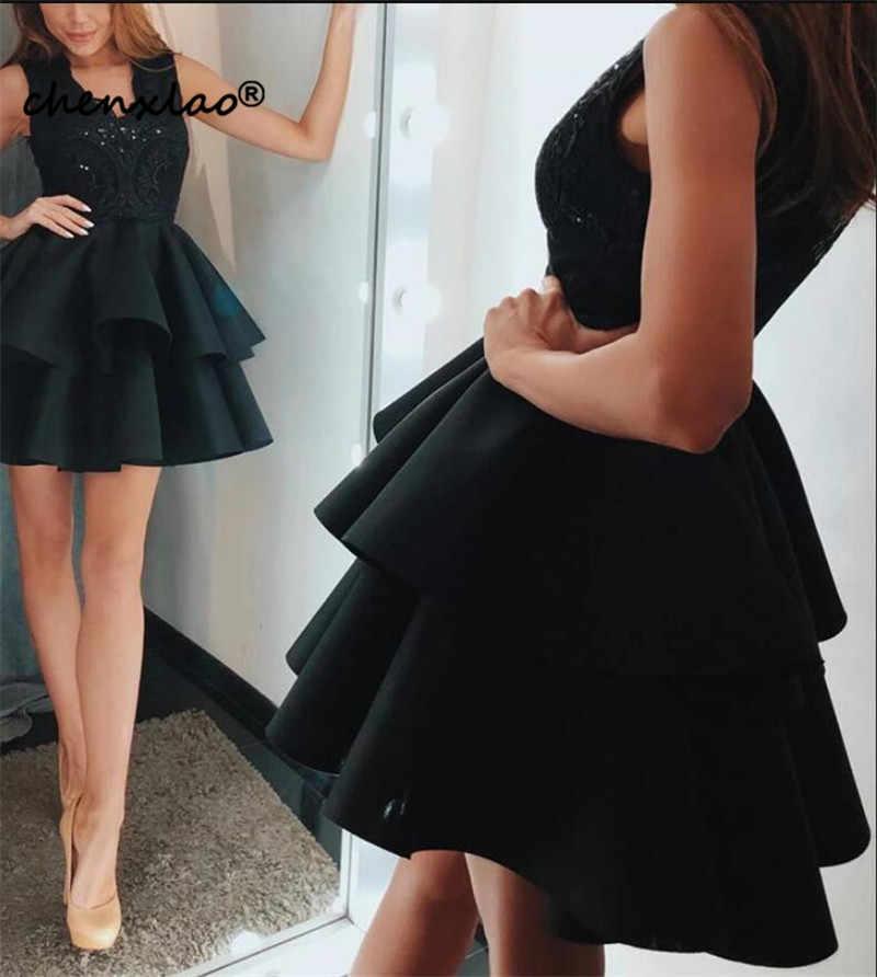 Preto elegante Lace Vestidos V-neck Ruffles Regresso A Casa Vestido de Festa Curto Vestidos de Regresso A Casa Vestidos de 2019