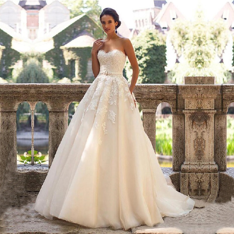 Glamorous Sweetheart Neck Wedding Dress Vestidos De Novia 2019 Lace Appliques With Belt Lace Up Wedding Gowns Robe Mariage