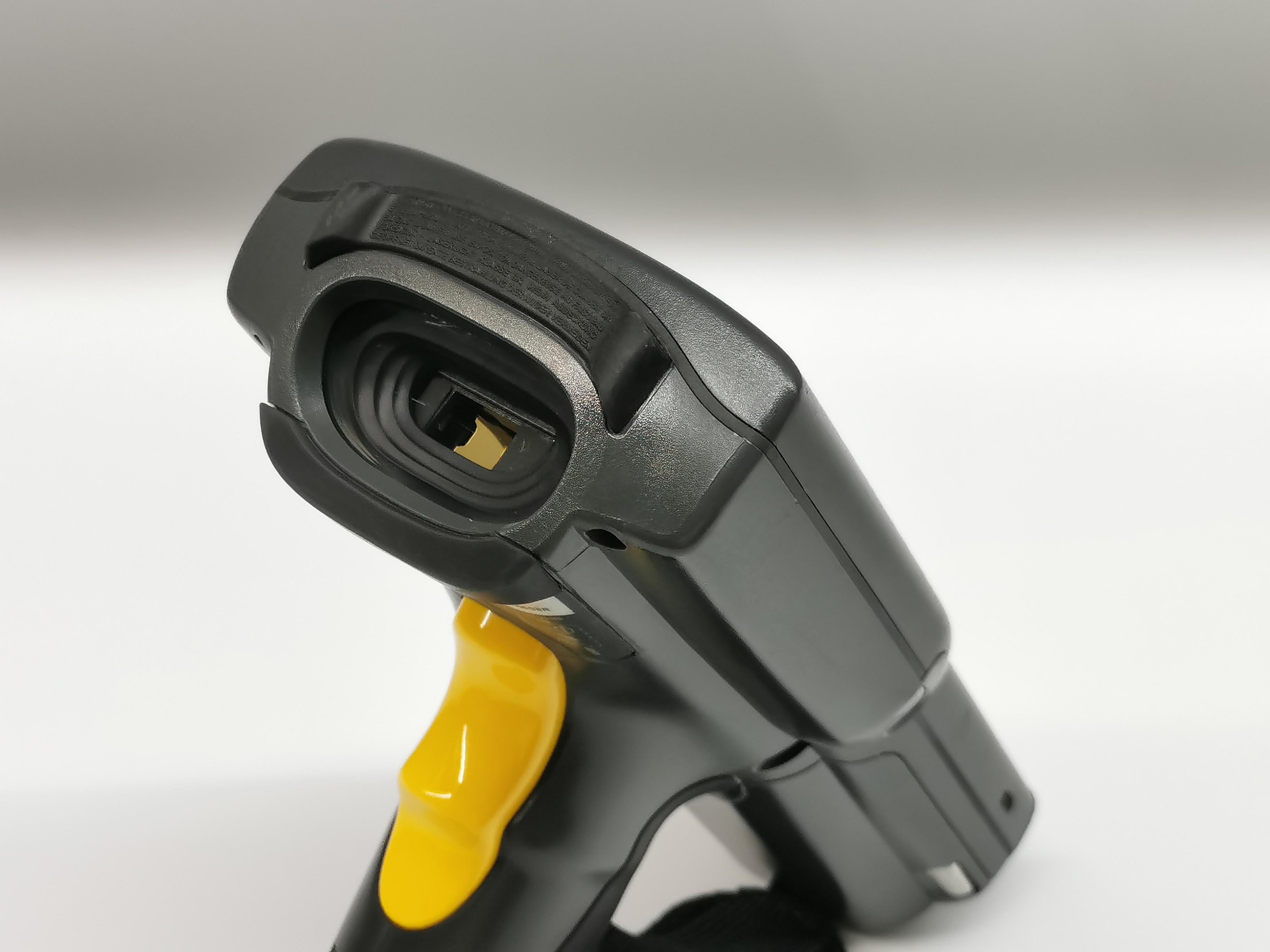 Лазерный беспроводной сканер штрих-кода MC3090G