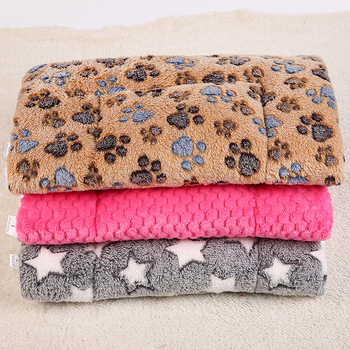 Thickened Pet Soft Fleece Pad Blanket Bed Mat For Puppy Dog Cat Sofa Cushion Home Washable Rug Keep Warm Pet Supplies