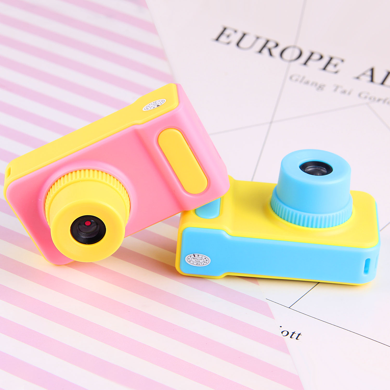 Children Multilingual Digital Camera Toy 1080P Mini Cute Screen Digital Portable Camcorder Toy For Kids Photography Outdoor Gift