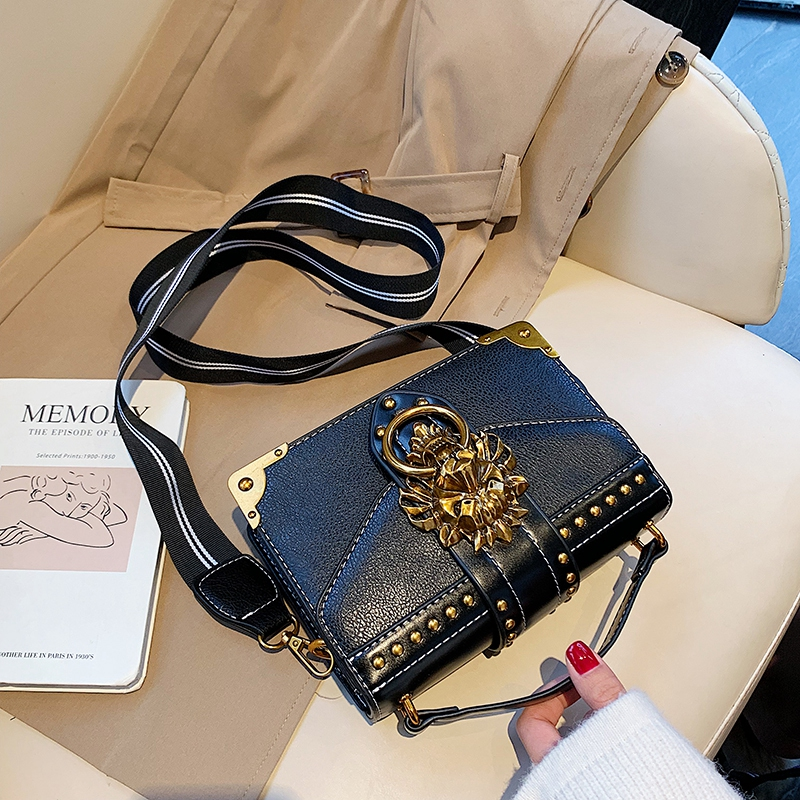 Hbce59f5f4f6f4a3496a1ac4b24d3e51dA - Female Fashion Handbags Popular Girls Crossbody Bags Totes Woman Metal Lion Head  Shoulder Purse Mini Square Messenger Bag