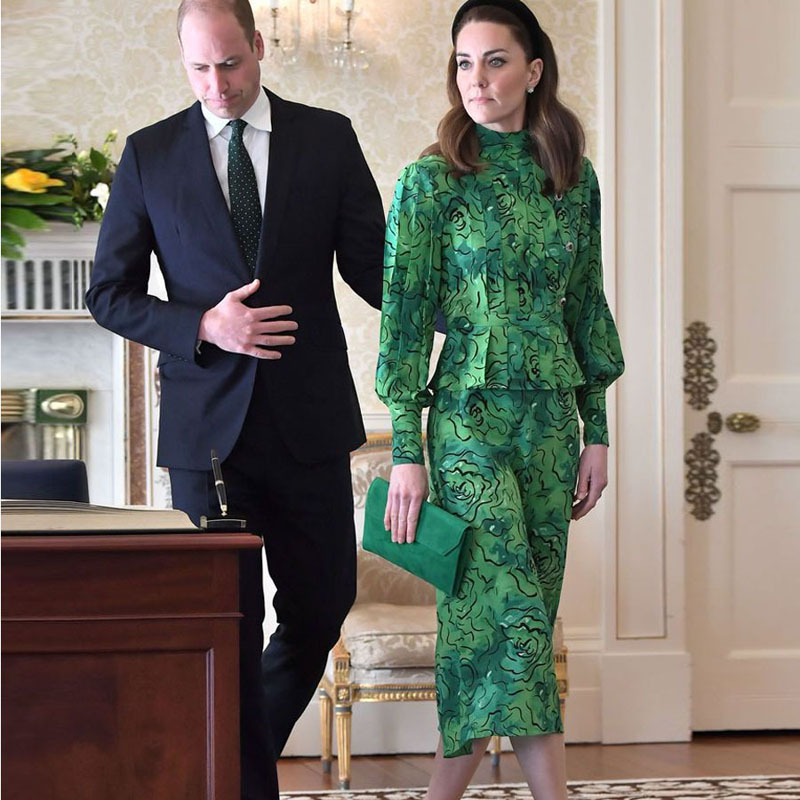 Runway Kate Middleton Bohemian Vintage Print Ruffled Long Sleeves Belt Elegant Slim Mid-Length Dress Womenswear New High Quality