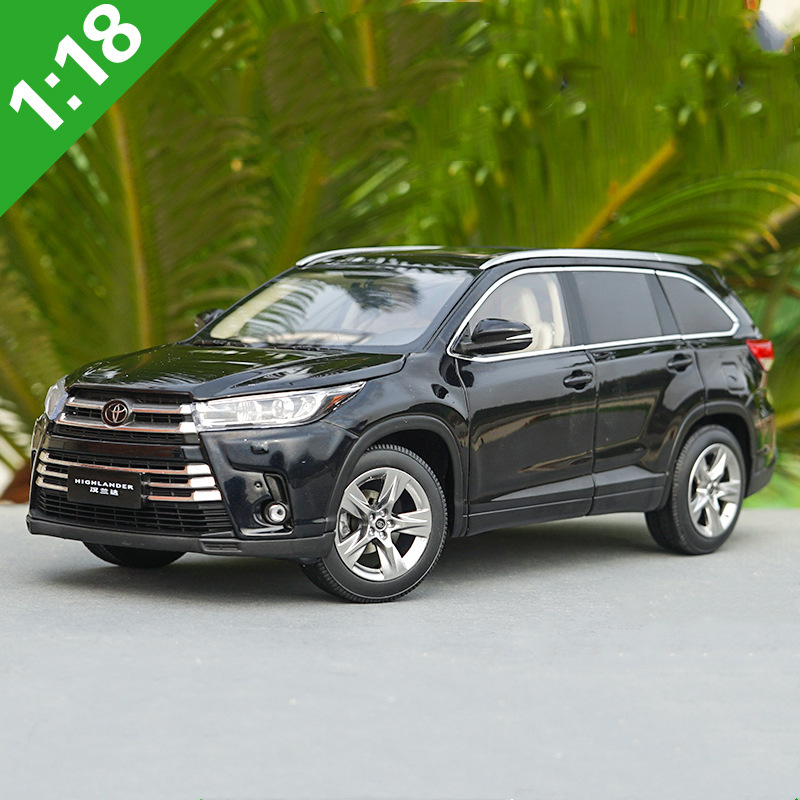 Exquisite gift 1:18 Toyota 2018 new Highlander alloy model,simulation die-cast metal collection decoration model,free shipping