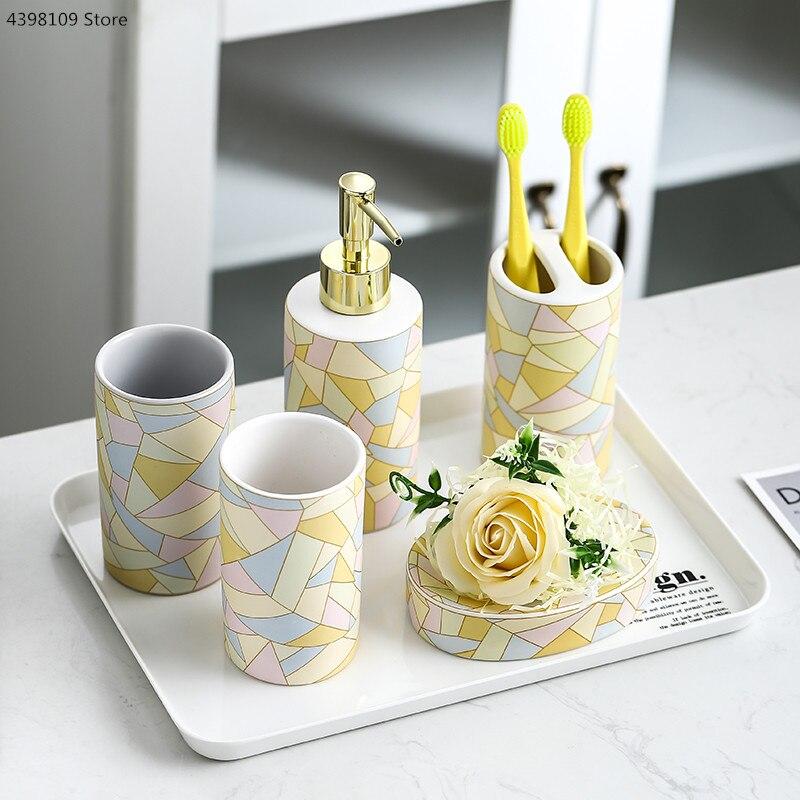 Nordic geometric ceramic bath products / bathroom accessories set soap dispenser toothbrush holder bathroom toiletries set