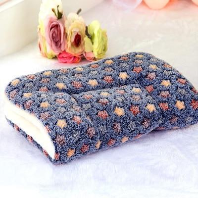 Winter Warm Pet Dog Soft Cushion Large Print Flannel Cotton Mattress Cat Pet Mat Bed Pad Rug Cartoon Printed Cat And Dog Pad 16