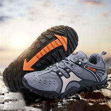 купить New 2019 Hiking Shoes Men Outdoor Hunting Trekking Climbing Off-road Sneakers Youth Damping Non-slip Resistant Sports Shoe Cheap дешево