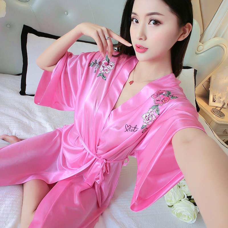 2018 Pajamas Women's Summer Nightgown Short Sleeve Sexy Ice Silk Nightgown Mid-length Loose-Fit Home Wear