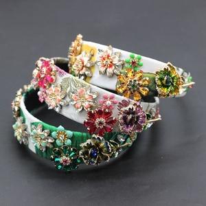 Image 2 - Novo barroco moda luxo strass flor de metal multicolorido com aro cabelo baile mostrar acessórios para cabelo viagem 685