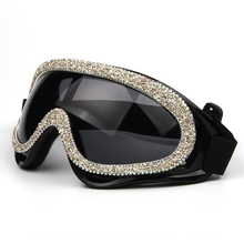 2019 Fashion sexy windproof sunglasses women luxury designer gravel rhinestone mens goggles shades sun glasses for female