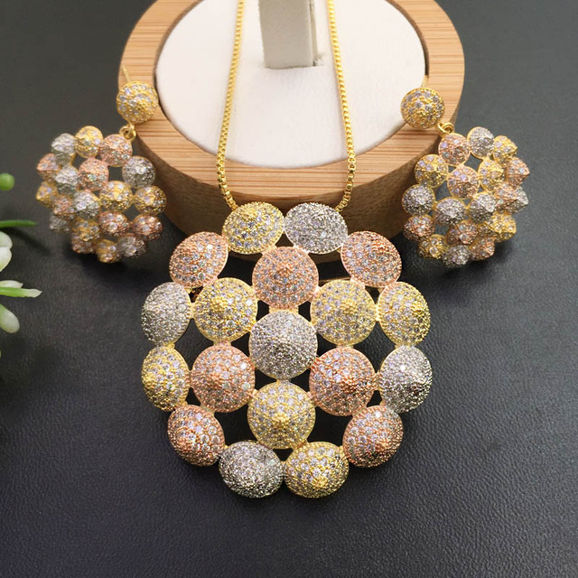 Lanyika Jewelry Artistic Distinctive Scallop Balls Plated Necklace with Earrings Banquet Popular Best Gifts