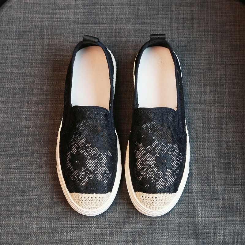 ผู้หญิงฤดูร้อน Breathable Hollow OUT ลูกไม้รองเท้าแบนสบายๆตาข่ายลื่นบนรองเท้า Loafers รอบ Toe สีขาวรองเท้าขับรถรองเท้า