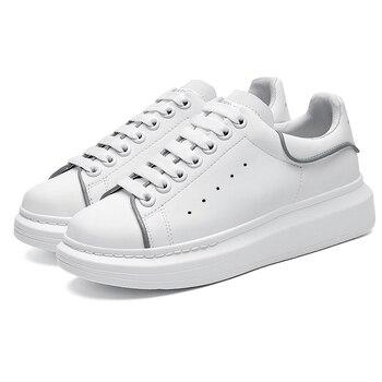 Reflective UK Platform  Skin Designer Shoes 2020 Fashion Luxury Designer Women Shoes Triple  White Velvet casual