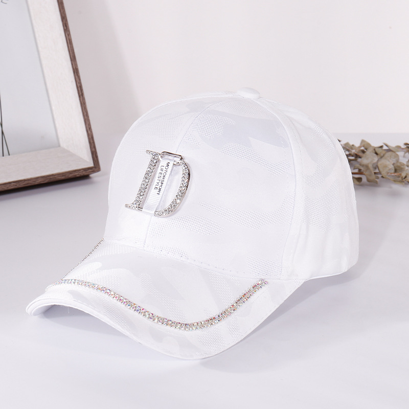 2020 New Metal Letter M Women Baseball Cap Breathable Mesh Outdoor Adjustable Embroidered Rhinestone D Mark Hats Summer Sunhat04