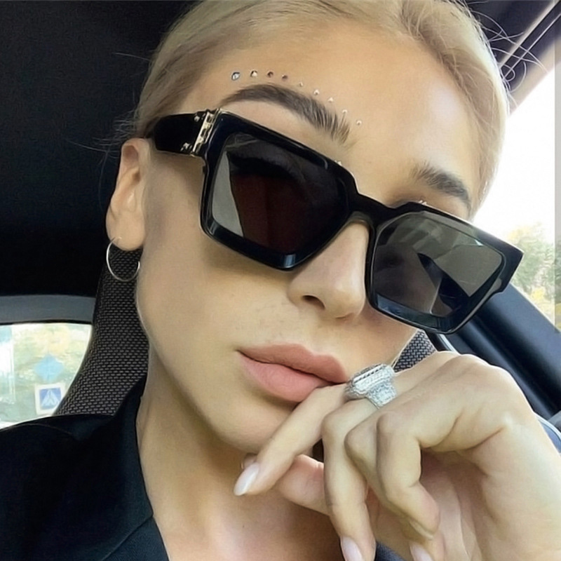 MADELINY New Fashion Oversized Sunglasses Women Men Square Sunglasses Men Vintage Shield Steampunk Glasses Female UV400 MA053