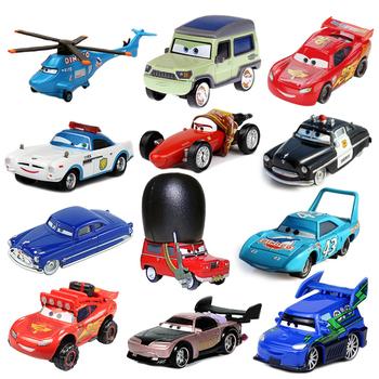 Samochody Disney zabawka Pixar 2 3 zygzak McQueen Mater Jackson Storm 1 55 odlewane modele ze stopu metalu chłopiec Model samochodu Kid zabawka urodzinowa prezenty tanie i dobre opinie CN (pochodzenie) 3 lat Inne Diecast Lightning McQueen None Samochód Ramirez Disney Pixar Cars 1 55 Diecast Metal Alloy Car