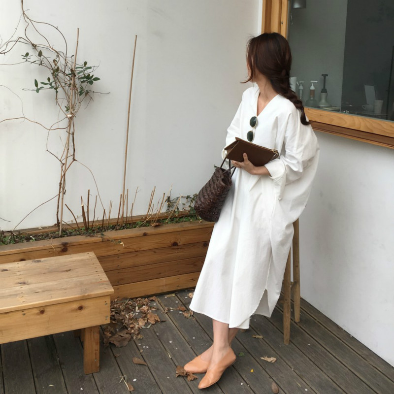 Women Spring Vintage White Long Sleeve Pullover Loose Long Dress With Waistbelt Sexy V Neck Split Oversized Brief Dresses
