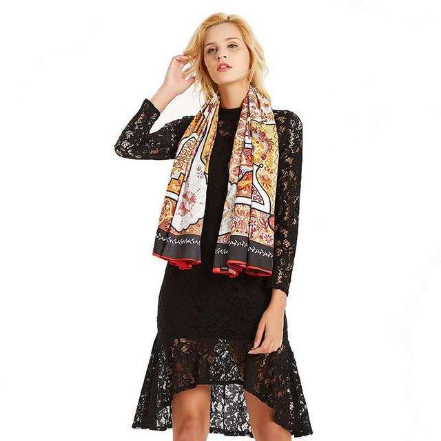 Women Vintage Square Silk Shawl Luxury Brand Symmetrical Scarf 130*130cm Shawls Stole Large Pattern Twill Shawl Wholesale