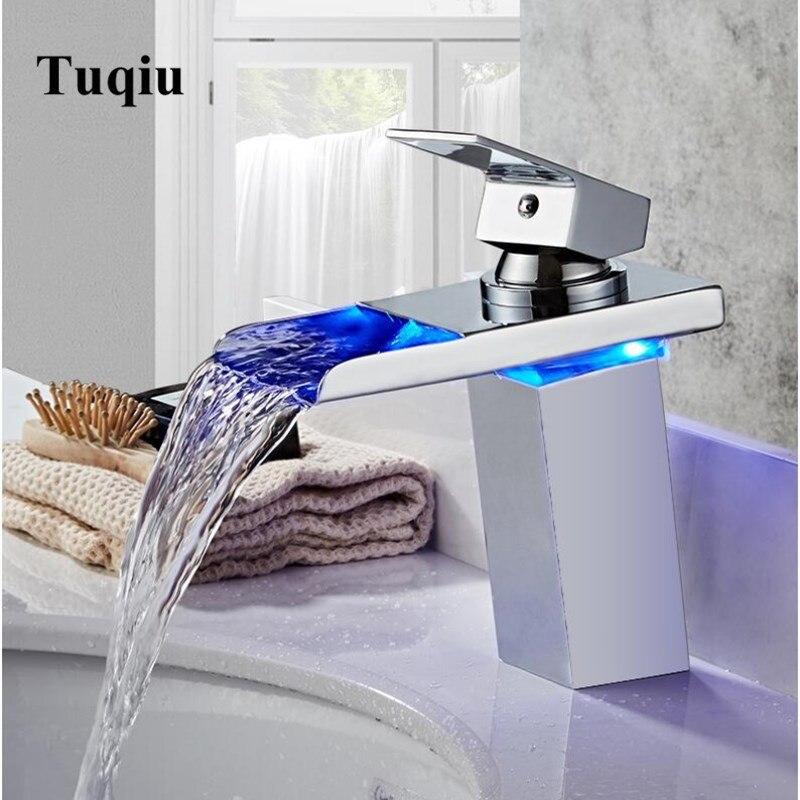 LED robinet de lavabo cascade évier robinets changement de couleurs avec température salle de bain mélangeur en laiton
