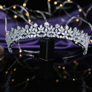 Image 3 - ティアラと王冠 hadiyana エレガンテ結婚式髪 accessoriess ファッションのヘアクリップ立方ジルコン BC5511 コロナプリンセサ