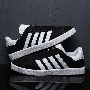 Image 4 - Par de zapatos hombres/mujeres zapatos moda Casual zapatillas deportivas transpirables al aire libre zapatillas 2019 hombres y mujeres