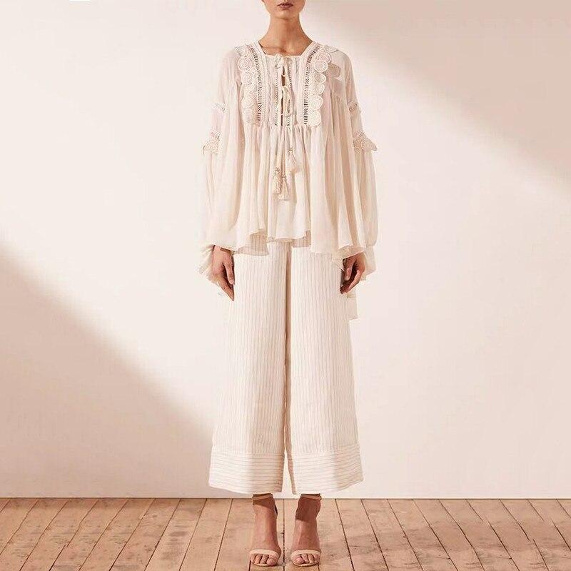 Mode Sexy dentelle Patchwork chemise femmes col en v lanterne manches Blouse à lacets Perspective Blouse femme mode 2019 vêtements