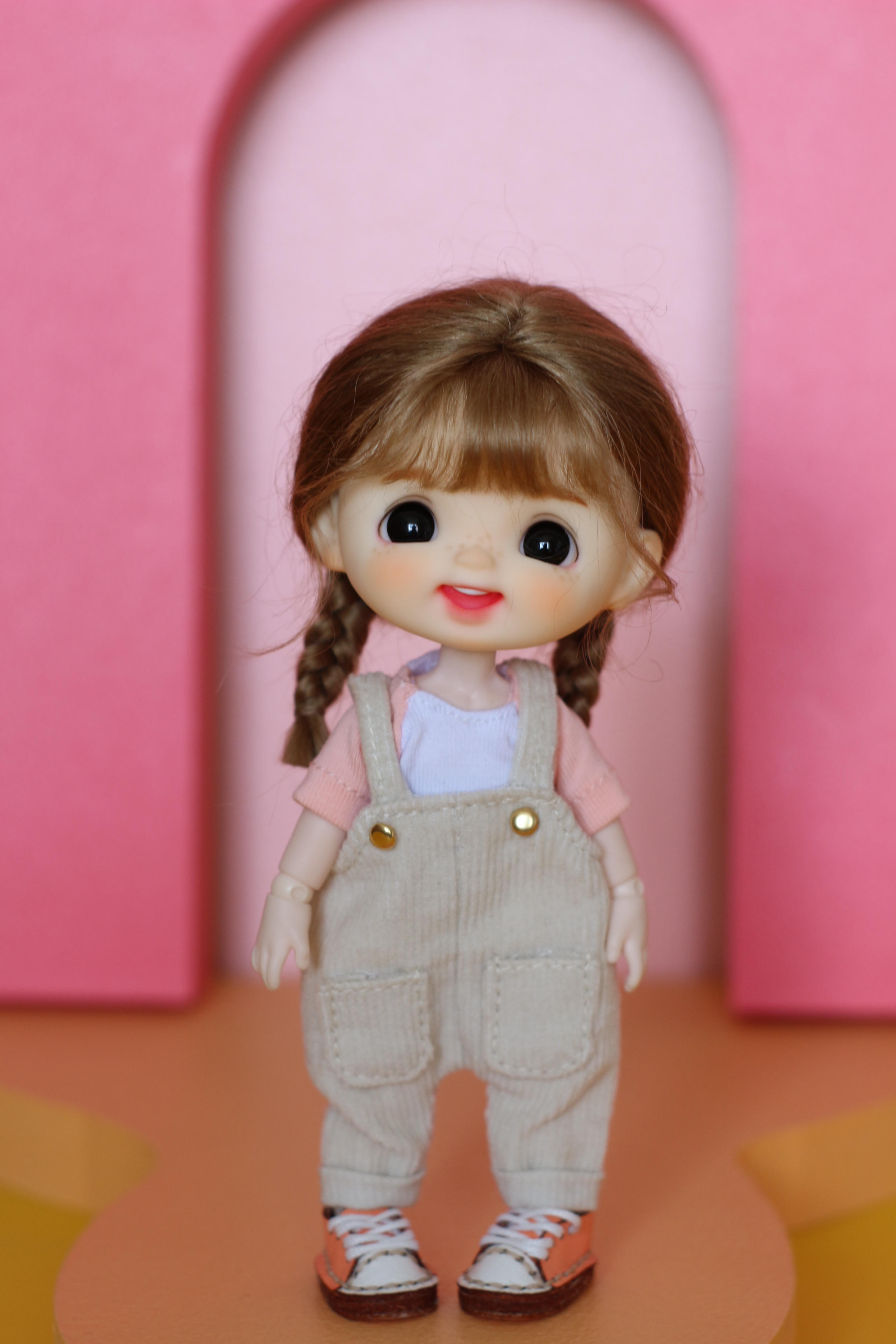 OB11 DOLL freckles smile 1/12 1/8 bjd baby head, including doll head and wig, clothes, shoes and body