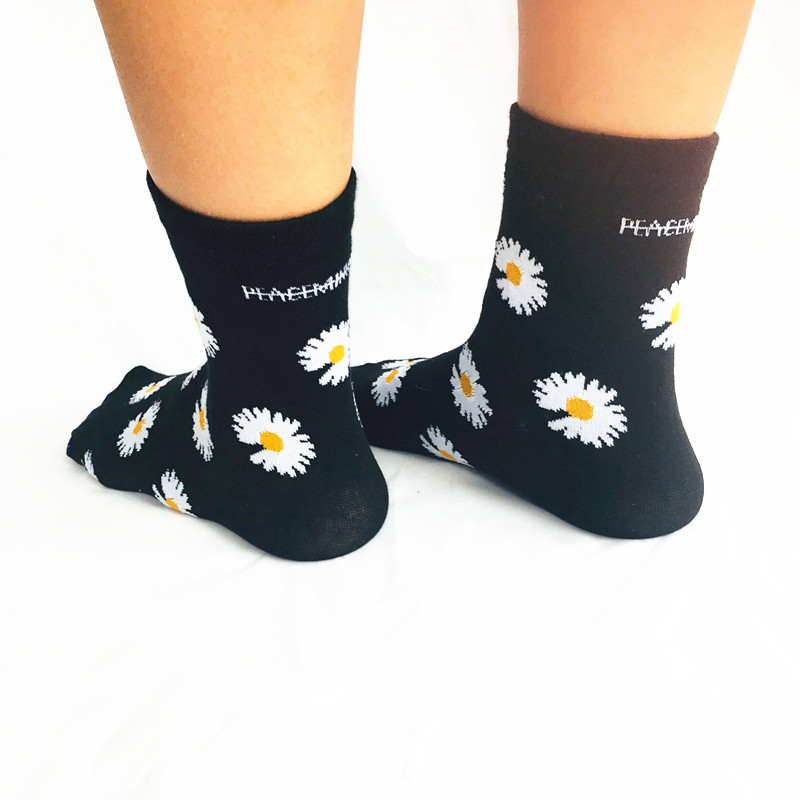 KPOP G-Dragon Embroidery Daisy Peaceminusone Cotton Socks Elastic Socks Unisex Winter Socks FH137