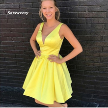 Simple Homecoming Dress Cheap Yellow A-line Mini Cocktail Party Dresses Above Knee Length V-neck Sleeveless Homecoming dress tie dye sleeveless a line mini dress