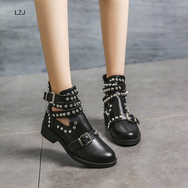 LZJ 2020 Buckle Ankle Boots For Women PU Leather Fashion Rivet Low Heel Shoes Women Motorcycle Boots Autumn Women Martin Boots 2