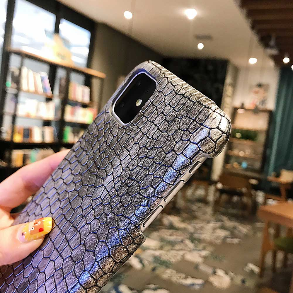 Fashion Cool Crocodile Snake Skin Cover Case With Hybrid Rubber Cape For iPhone Xs Max 4