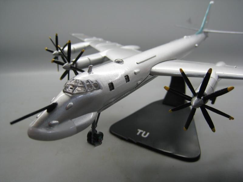 1/144 échelle russie Ukraine TY-95 TU-95 ours bombardier moulé sous pression en métal militaire avion avion modèle d'avion affichage Collections - 5