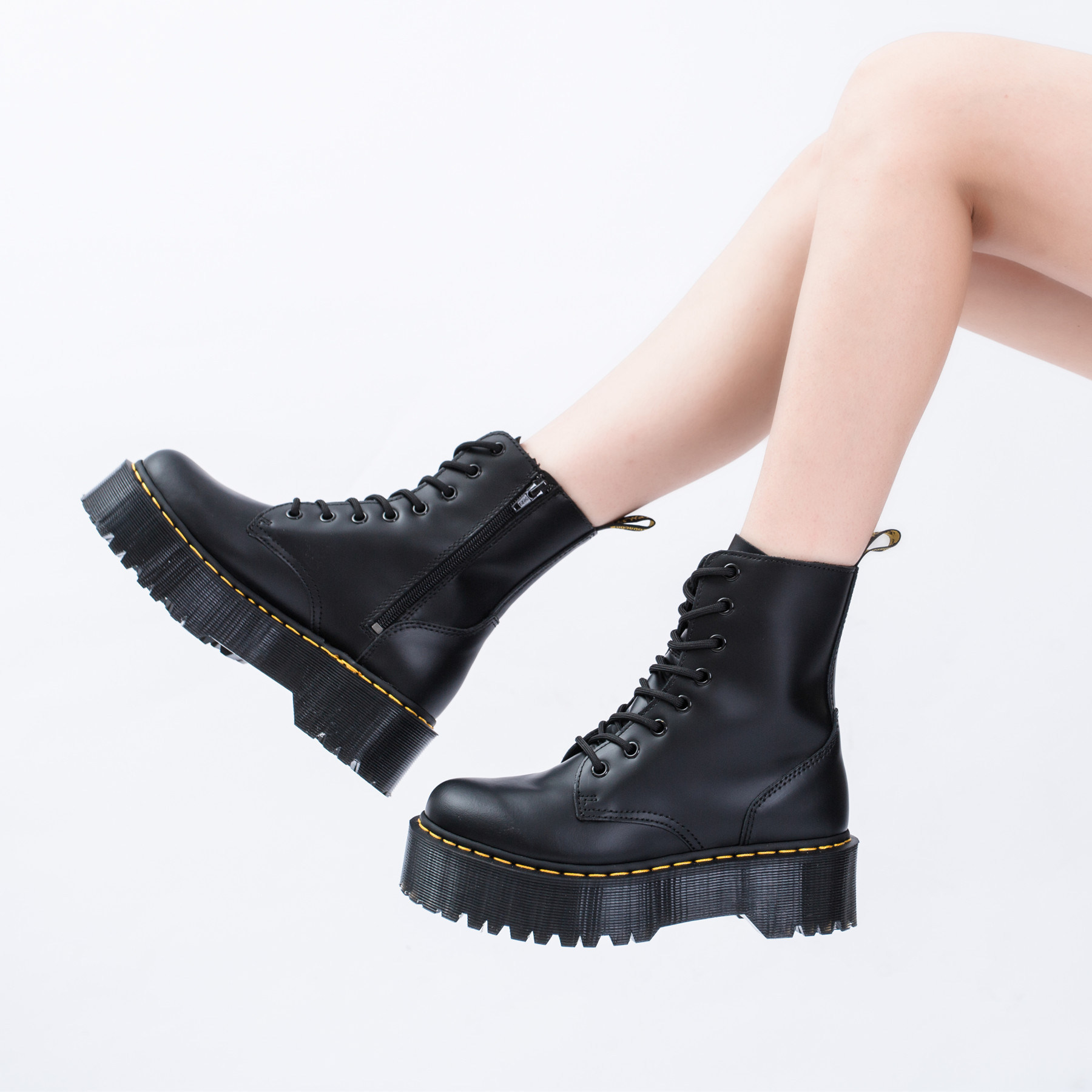 2019 Hight-top Zipper 8-Hole 1460 Martin Boots Women's Platform Thick Bottomed Extra High Europe And America England Fan Car Boo