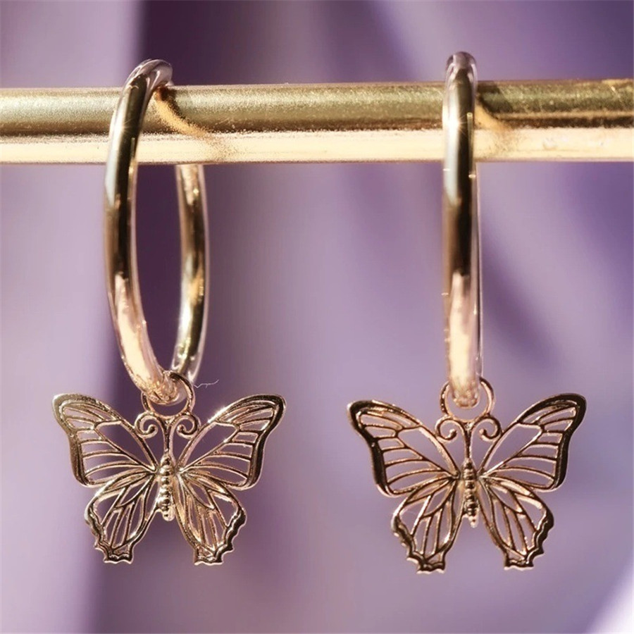 Neue Mode Gold Silber Farbe Hohl Schmetterling Stud Ohrringe Einfache Temperament Persönlichkeit Kleine frauen Ohrringe Partei Schmuck