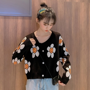 Image 4 - Frauen Koreanischen Stil Floral Druck V ausschnitt Gestrickte Strickjacken Weibliche Casual Übergroßen Alle spiel Pullover One Size