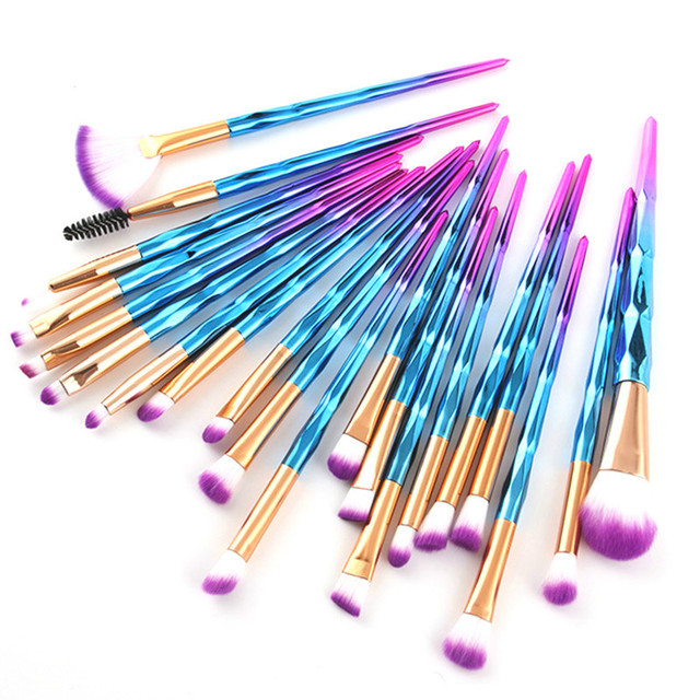Professional Makeup Brushes Set Face Foundation Brush Eye Eyeshadow Fan Lip Eyebrow Eyeliner Eyelash Crystal Make Up Brush Kit