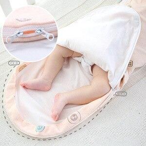 Image 4 - Collo protezione del bambino swaddle neonati anti shock sacco a pelo Neonato cura del bambino a testa piatta cuscino coperta swaddles cotone wrap