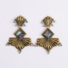 купить 2019 Za Vintage Crystal Dangle Maxi Court Earrings Women Ancient Gold Silver Fan Shaped Metal Big Drop Earrings Female Jewelry по цене 190.83 рублей