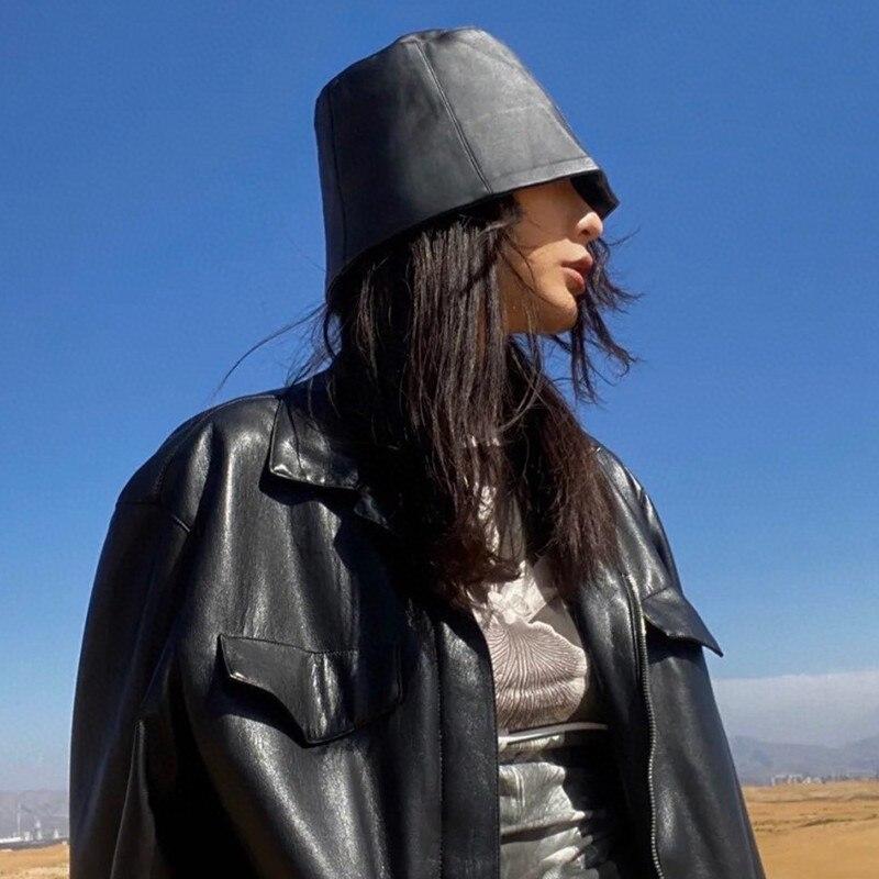 Sombrero con letras bordadas para mujer, de piel sintética, tres colores, sombreros de pescador, moda 2020