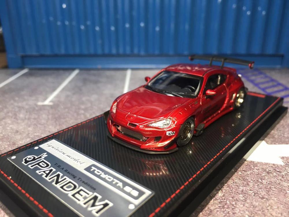 Modèle de voiture à allumage sous pression, Toyota 86 panem V3 (rouge métallique) IG1753, Collection limitée, 1/64